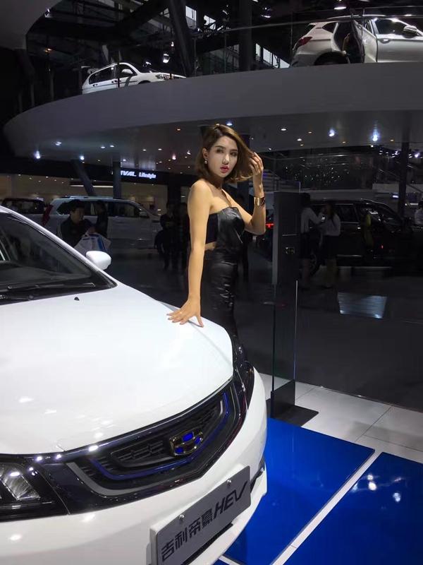 广州国际车展为客户提供的模特与礼仪